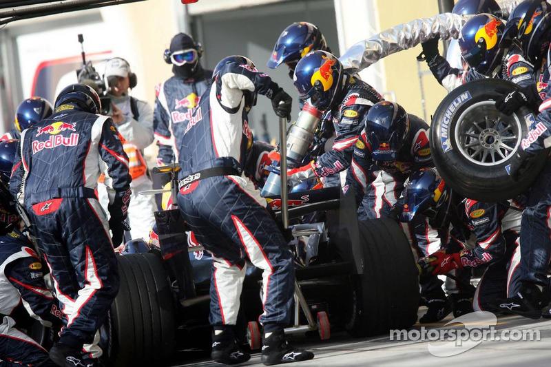 Parada de pits para David Coulthard