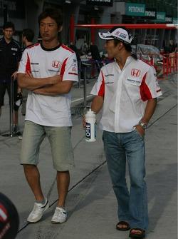Takuma Sato y Yuji Ide