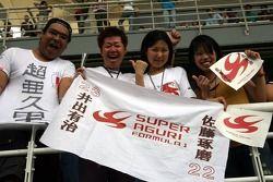 Fans of Takuma Sato