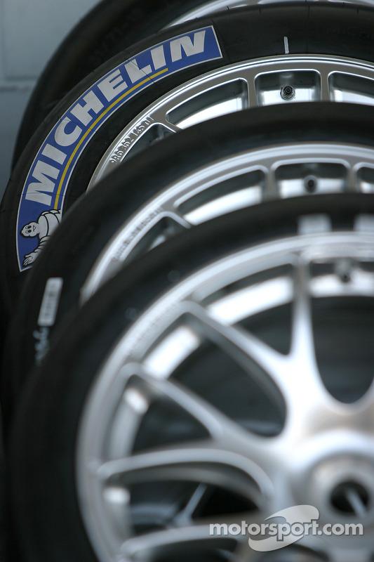 Les pneus Michelin prêts pour la course