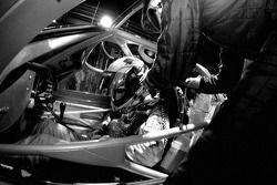 Arrêt au stand pour #86 Spyker Squadron Spyker C-8 Spyder: Jeroen Bleekemolen, Mike Hezemans