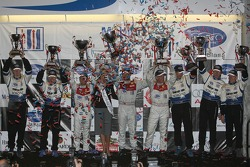 P1 podium: class and overall winners Allan McNish, Tom Kristensen and Rinaldo Capello, second place James Weaver, Butch Leitzinger and Andy Wallace, third place Chris Dyson and Guy Smith