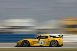 #4 Corvette Racing Corvette C6-R: Oliver Gavin, Olivier Beretta, Jan Magnussen