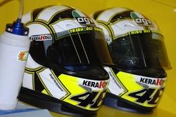Helme: Valentino Rossi, Yamaha