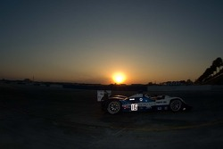 Sunset racing for #16 Dyson Racing Team Lola B06/10 AER: James Weaver, Butch Leitzinger, Andy Wallac