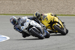 Makoto Tamada, Honda; Carlos Checa, Tech 3 Yamaha