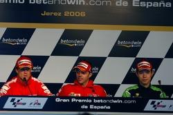 Sete Gibernau, Ducati; Loris Capirossi, Ducati; Shinya Nakano, Kawasaki
