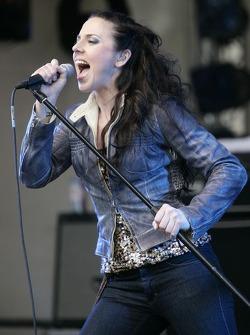 Live performance by ex-Spice Girl Melanie C.
