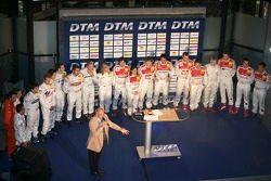 Les pilotes DTM et les voitures sont présentés aux médias