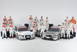 Photoshoot: family picture for the DTM 2006 drivers