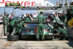 Pitstop practice for #007 Aston Martin Racing Aston Martin DB9: Tomas Enge, Nicolas Kiesa, Darren Turner