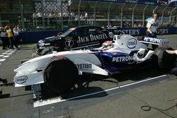 Speed Comparaison Challenge: David Brabham dans la BMW 1-series et Robert Kubica dans la BMW Sauber F1.06