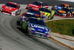 Jimmie Johnson devant the pack