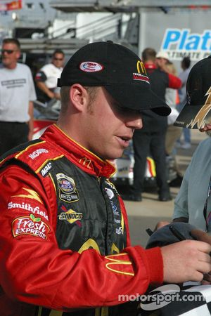 Regan Smith signs autographs for the fans