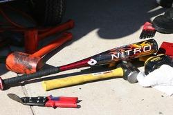 Des outils pour réparer la voiture Busch