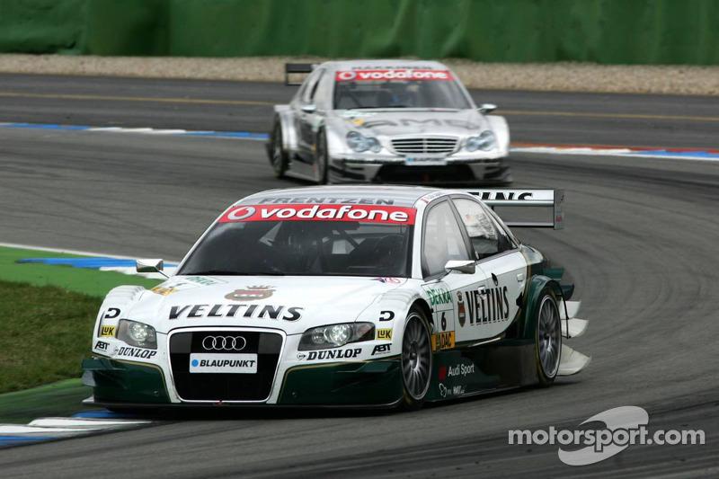 Heinz-Harald Frentzen devant Mika Hakkinen