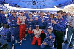 Winners Sébastien Loeb and Daniel Elena celebrate with Xavier Pons, Carlos Del Barrio, Daniel Sordo,