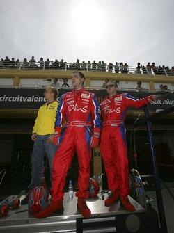 Heikki Kovalainen regarde la course avec l'équipe Arden