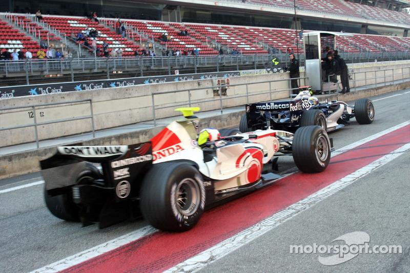 Mark Webber bloque Jenson Button
