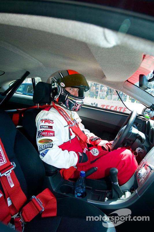 Le pilote NASCAR David Reutimann