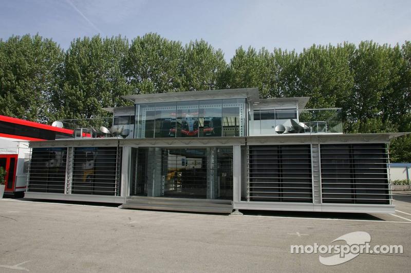 La zone d'hospitalité de McLaren