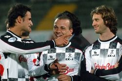 Champions for Charity football match, Ravenna'in Benelli Stadium: Vitantonio Liuzzi ve Jarno Trulli