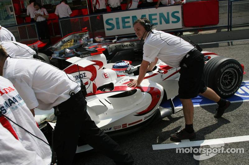 Takuma Sato et Kimi Räikkönen