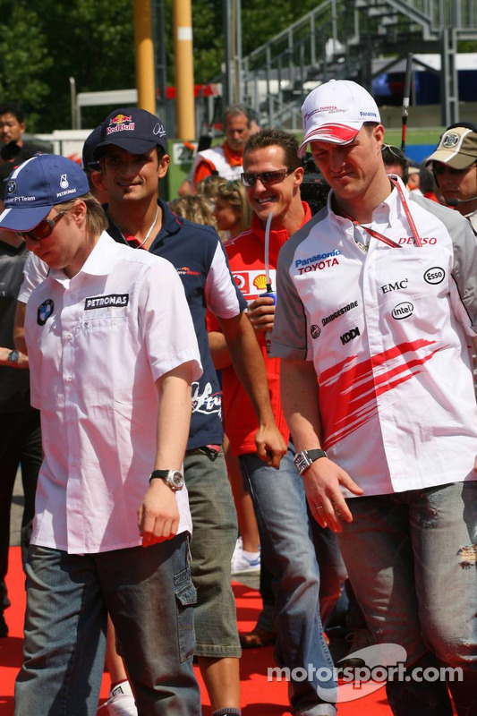 Drivers presentation: Nick Heidfeld and Ralf Schumacher