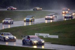 Départ: #65 TRG Pontiac GTO.R: Marc Bunting, Andy Lally, RJ Valentine