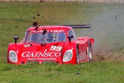 #99 Gainsco/ Blackhawk Racing Pontiac Riley: Alex Gurney, Jon Fogarty in the grass