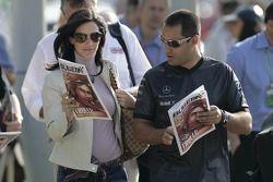 Juan Pablo Montoya et sa femme Connie avec le Red Bulletin