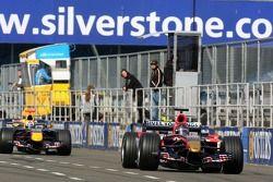 Scott Speed leads David Coulthard