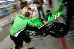 Le garage de Kawasaki Racing