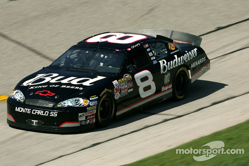 "Tribut an ""Intimidator"" Dale Earnhardt"