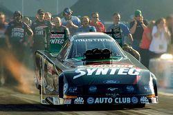 Eric Medlen prend la pole position en Funny Car
