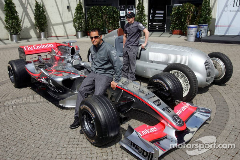 Juan Pablo ve Kimi Raikkonen ve McLaren Mercedes ve Mercedes silver arrow