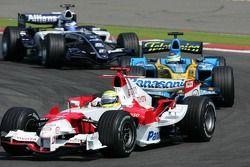 Ralf Schumacher voor Giancarlo Fisichella en Nico Rosberg