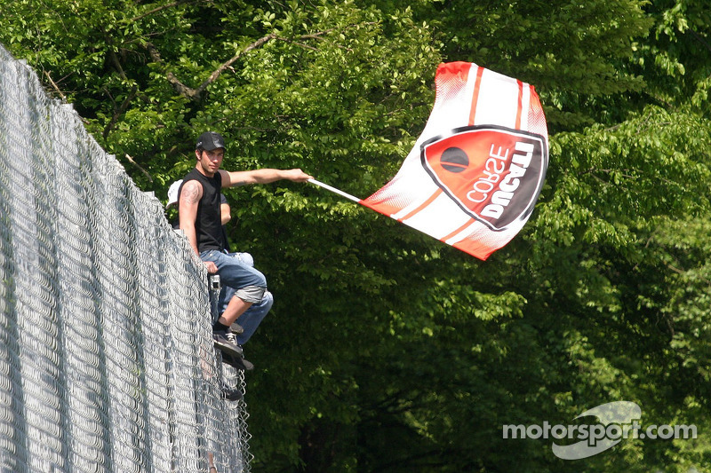 Des fans de Ducati