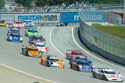 Départ de la course pour Daytona Prototypes
