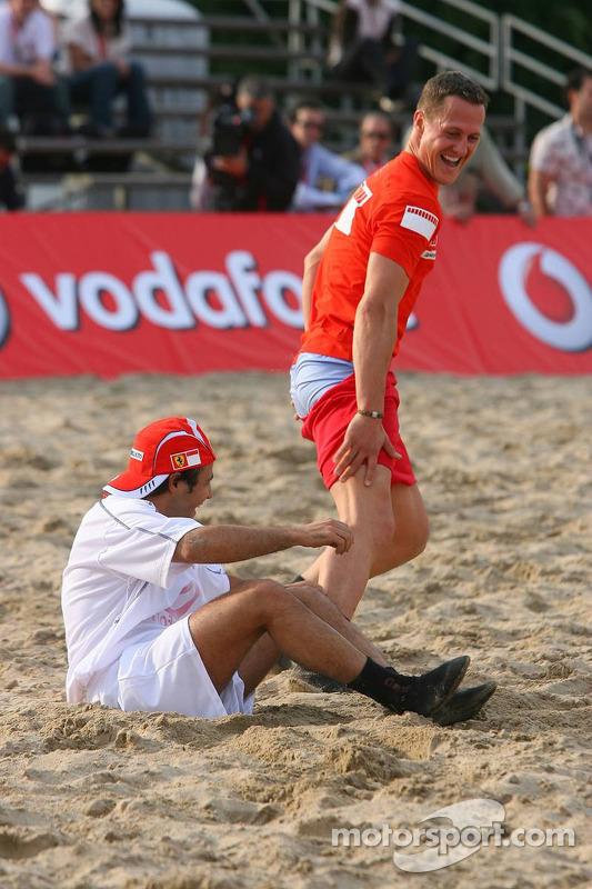 Vodafone Ferrari Beach Soccer Challenge: Michael Schumacher et Felipe Massa