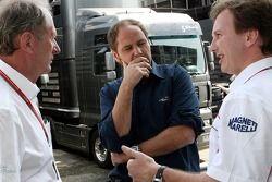 Le conseiller sportif de Red Bull Helmut Marko, Gerhard Berger et Christian Horner