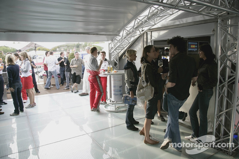 L'intérieur du garage Red Bull Racing