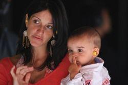 Connie Montoya avec son fils Sebastian