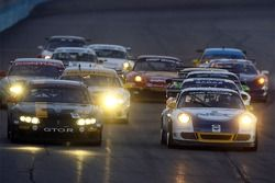 Start: #98 Pacific Coast Motorsports Pontiac GTO.R: Ross Thompson, Boris Said and #72 Tafel Racing Porsche GT3 Cup: Robin Liddell, Wolf Henzler lead the field