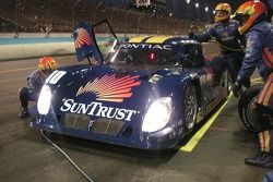 Pitstop for #10 SunTrust Racing Pontiac Riley: Wayne Taylor, Max Angelelli, Jan Magnussen
