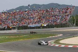 Jacques Villeneuve devant David Coulthard