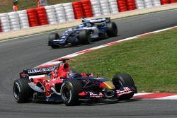 Scott Speed leads Nico Rosberg