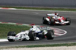 Nick Heidfeld leads Jarno Trulli
