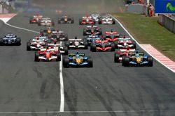 Départ: Fernando Alonso et Giancarlo Fisichella
