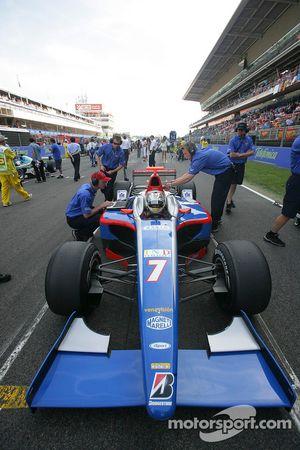 Ernesto Viso en pole position